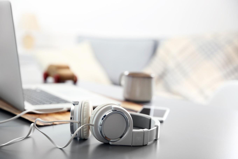 Cara Memperbaiki Pendengaran Anda