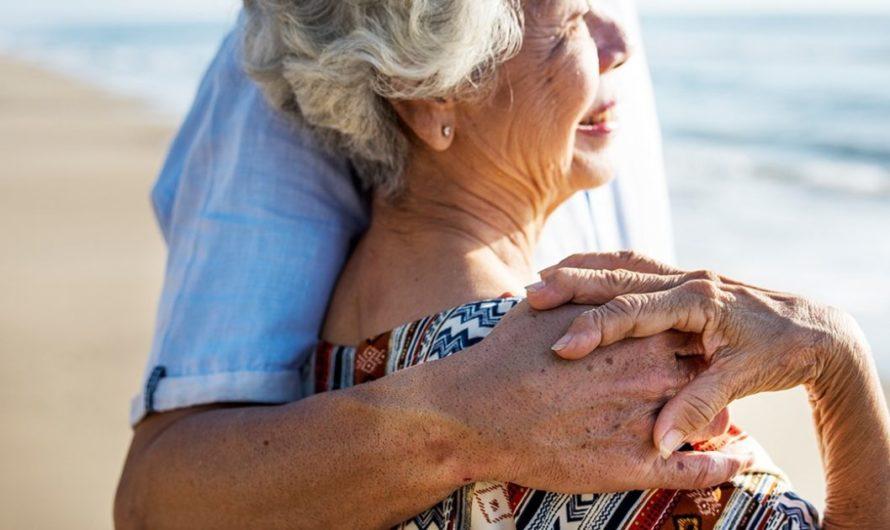 3 Hal Penting Tentang Gangguan Pendengaran Pada Lansia