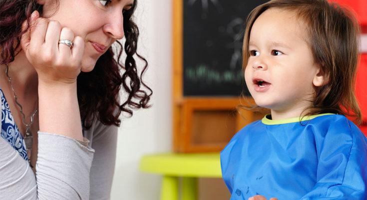 Mengembangkan Kemampuan Mendengar Anak